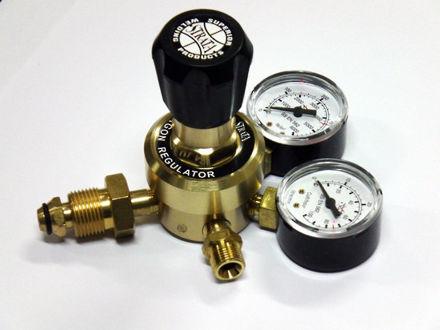 Picture of Strata Twin Gauge Regulators GR101AR